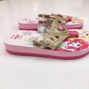 Stride Rite Shoes - NEW Girls Stride Rite Disney Princess Sandals 8 9